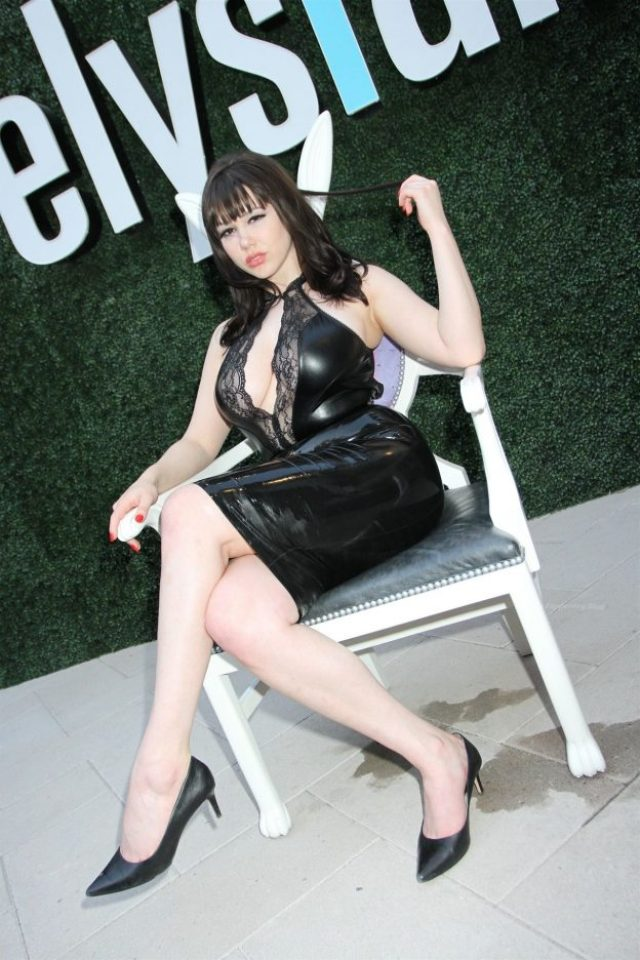 Claire Sinclair sexy