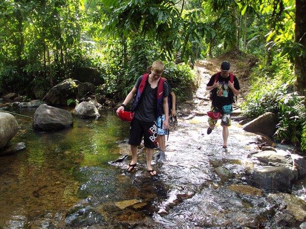 Day Tours to Kitulgala Adventure day tours in Kitulgala