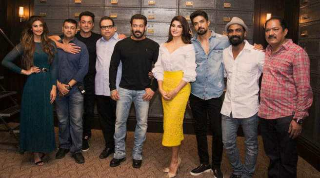 cast and crew of race 3