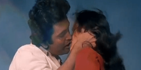 Hot kissing scenes of bollywood films