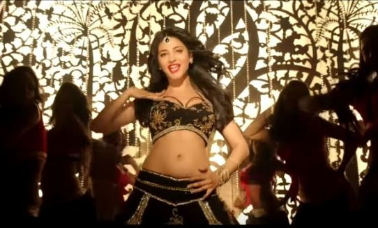 Shruti Haasan Smoking Hot in Junction Lo Song