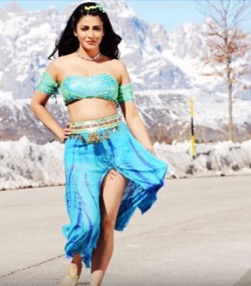 Shruti Haasan in the movie Katamaryudu