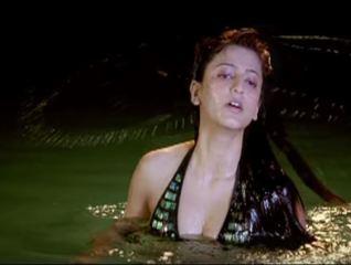 Shruti Hassan Bikini