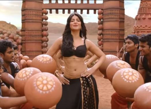 Shruti Hassan hot pic from the movie Srimanthudu