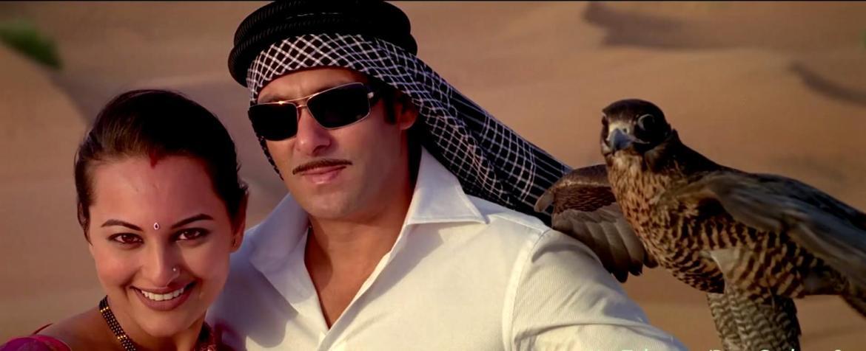 Sonakshi Sinha and Salman Khan in the song Chori Kiya Re Jiya