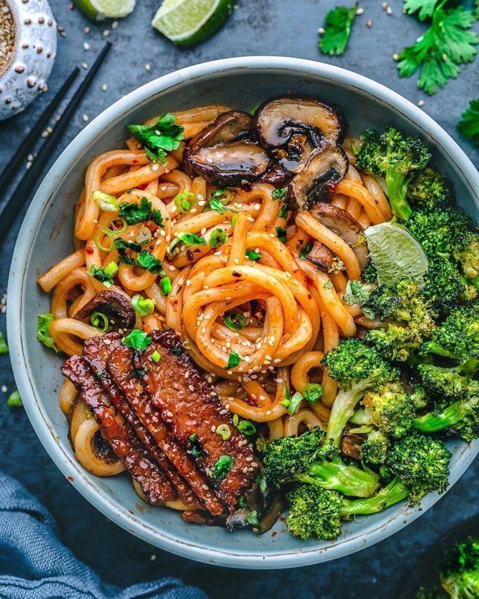 Udon Noodle and Veggie Bowl