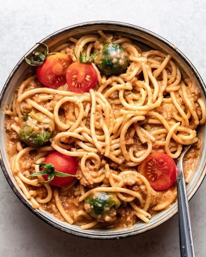 Vegan Bolognese Pasta with Tahini