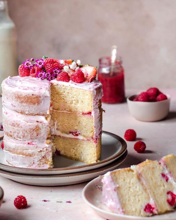 Vegan Vanilla Raspberry Cake with Raspberry Jam (cutaway)