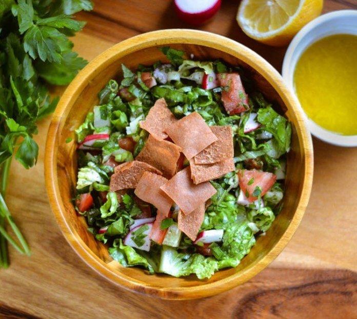 Vegan Levantine Cuisine: Fattoush