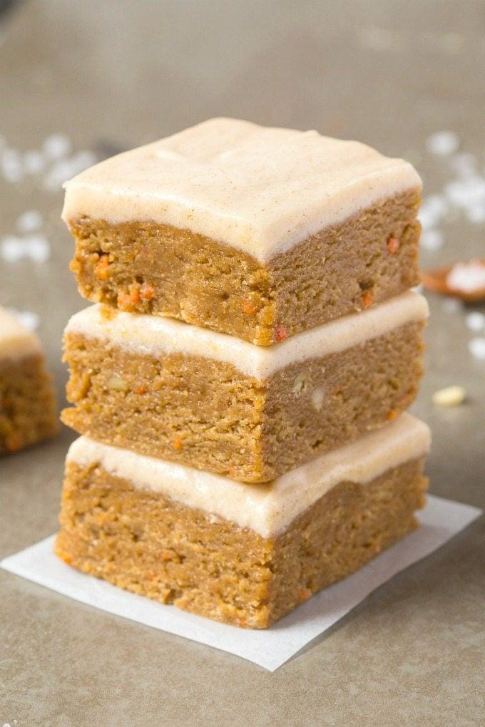 vegan carrot cake breakfast bars
