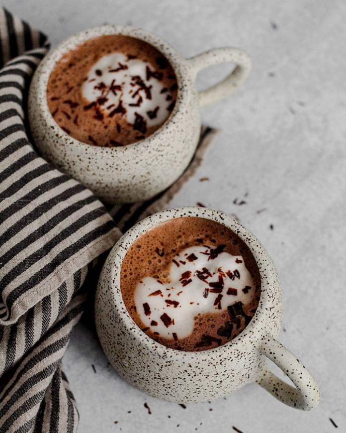 Vegan Valentine's Day recipes: Peppermint hot chocolate