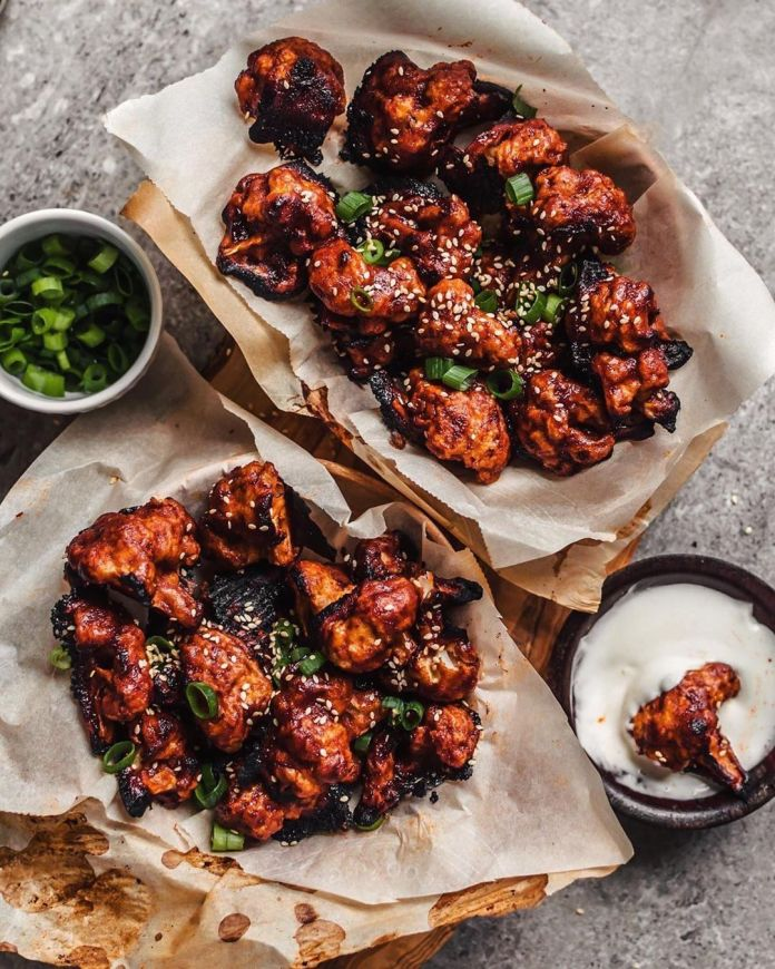 Spicy Gochujang Vegan Cauliflower Wings
