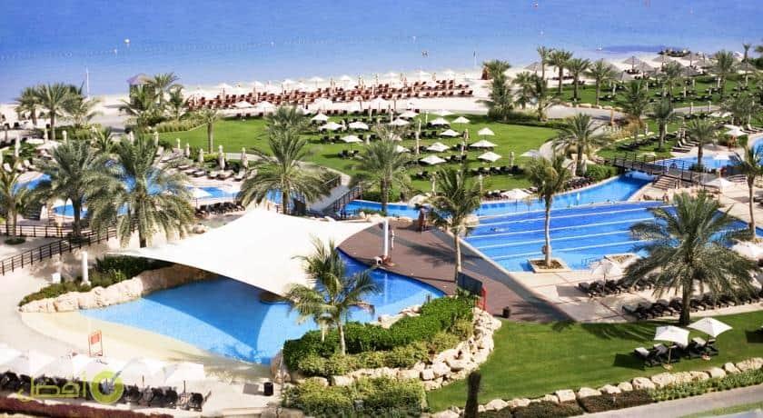 ﻣﻨﺘﺠﻊ وﻣﺎرﻳﻨﺎ ويستن دبي شاطئ الميناء السياحي من افضل فنادق دبي للشباب