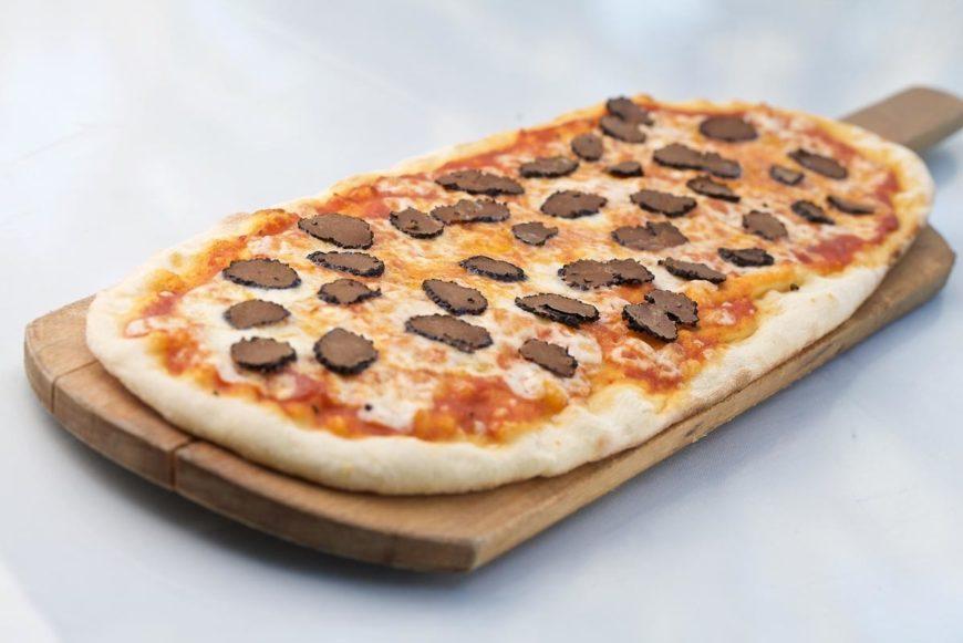 بيتزا 800 pizza في دبي