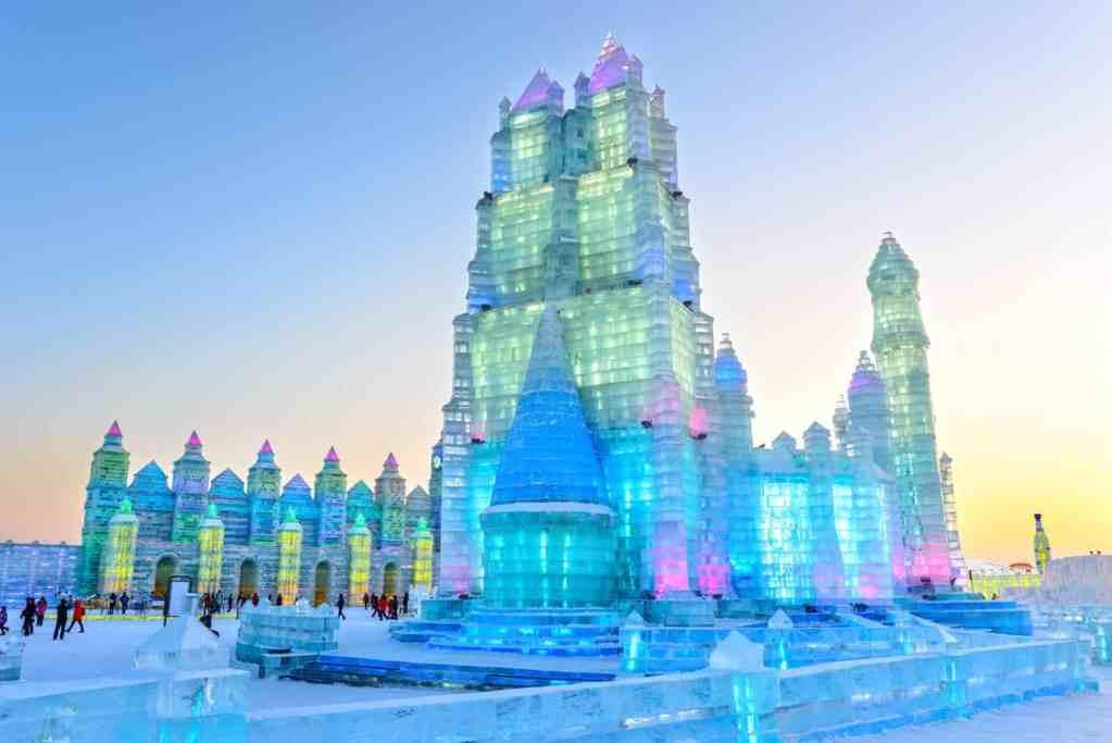 مهرجان الثلج والجليد في هاربين افضل المهرجانات حول العالم