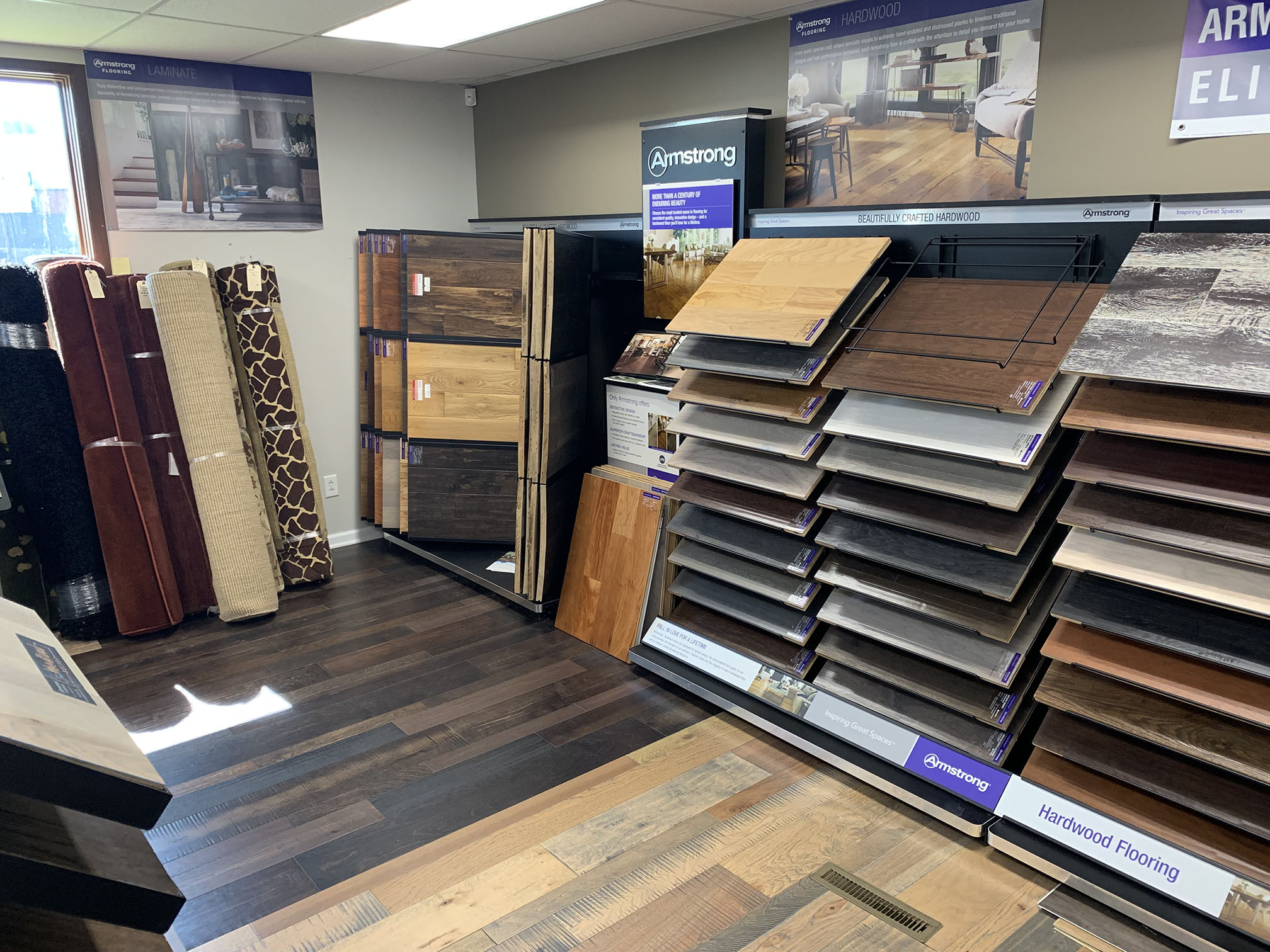 7 things to examine in a flooring store