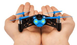 Quadcopters with camera - Rolling Spider