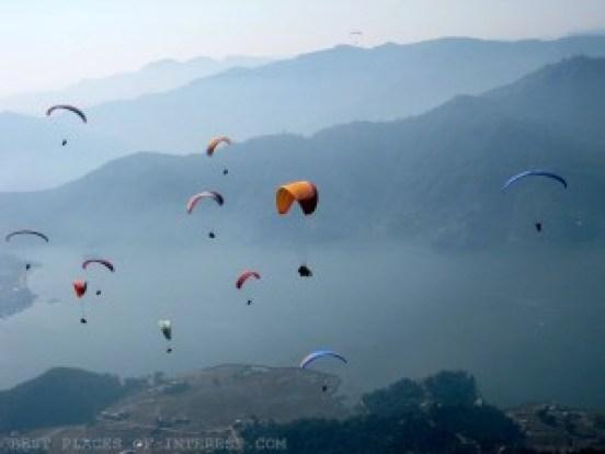 Bir Paragliding competition