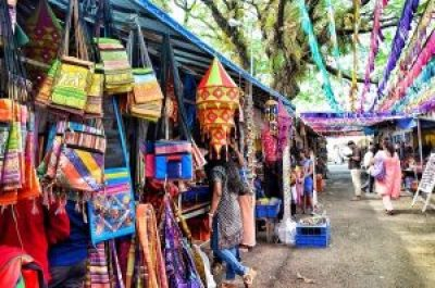 Street shopping in India- Cochin