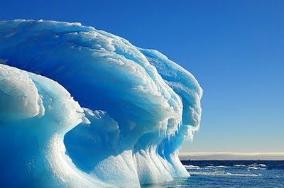 Antarctic Ice Wave | Frozen waves in Antarctica !-Surreal places to visit