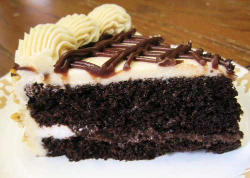 Chocolate cake with peanut butter icing- dessert recipes