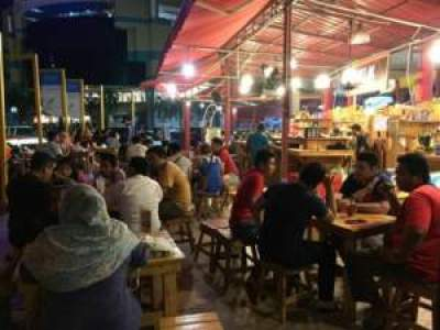 Street food Malaysia midtown