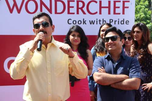 Chef Sanjeev Kapoor , Ravi Saxena interacting with cook for me contestants, Gurugram