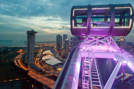 Singapore flyer, Singapore attractions