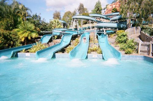 Wet'n'Wild Water World, Parramatta - wikimedia