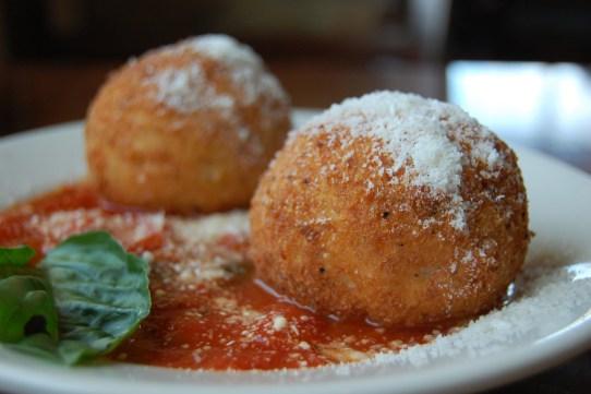 arancini, street food Italy