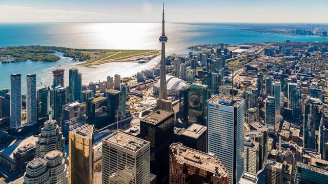 Toronto-