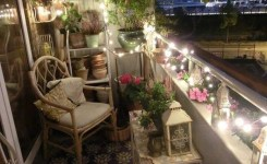 34 Beautiful Apartment Balcony Decoration Ideas Making The Most Out Of Your Balcony 2