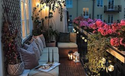 34 Beautiful Apartment Balcony Decoration Ideas Making The Most Out Of Your Balcony 7