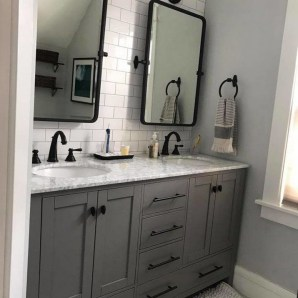 47 Best Master Bathroom Remodeling On A Budget Ideas 41