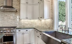 72 Beautiful Kitchen Countertop Ideas With White Cabinets Look Luxurious 10