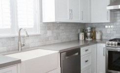 72 Beautiful Kitchen Countertop Ideas With White Cabinets Look Luxurious 13