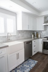 72 Beautiful Kitchen Countertop Ideas with White Cabinets Look Luxurious 2207
