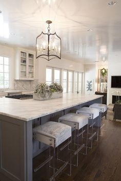 72 Beautiful Kitchen Countertop Ideas with White Cabinets Look Luxurious 2215