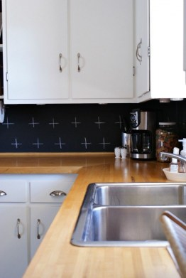 72 Beautiful Kitchen Countertop Ideas with White Cabinets Look Luxurious 2222