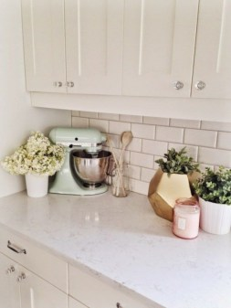 72 Beautiful Kitchen Countertop Ideas with White Cabinets Look Luxurious 2223