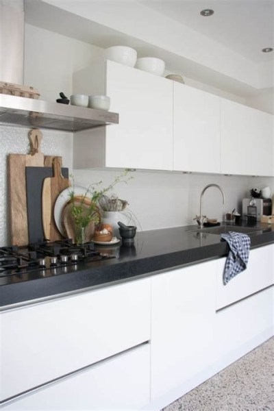 72 Beautiful Kitchen Countertop Ideas with White Cabinets Look Luxurious 2233