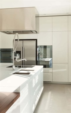 72 Beautiful Kitchen Countertop Ideas with White Cabinets Look Luxurious 2247