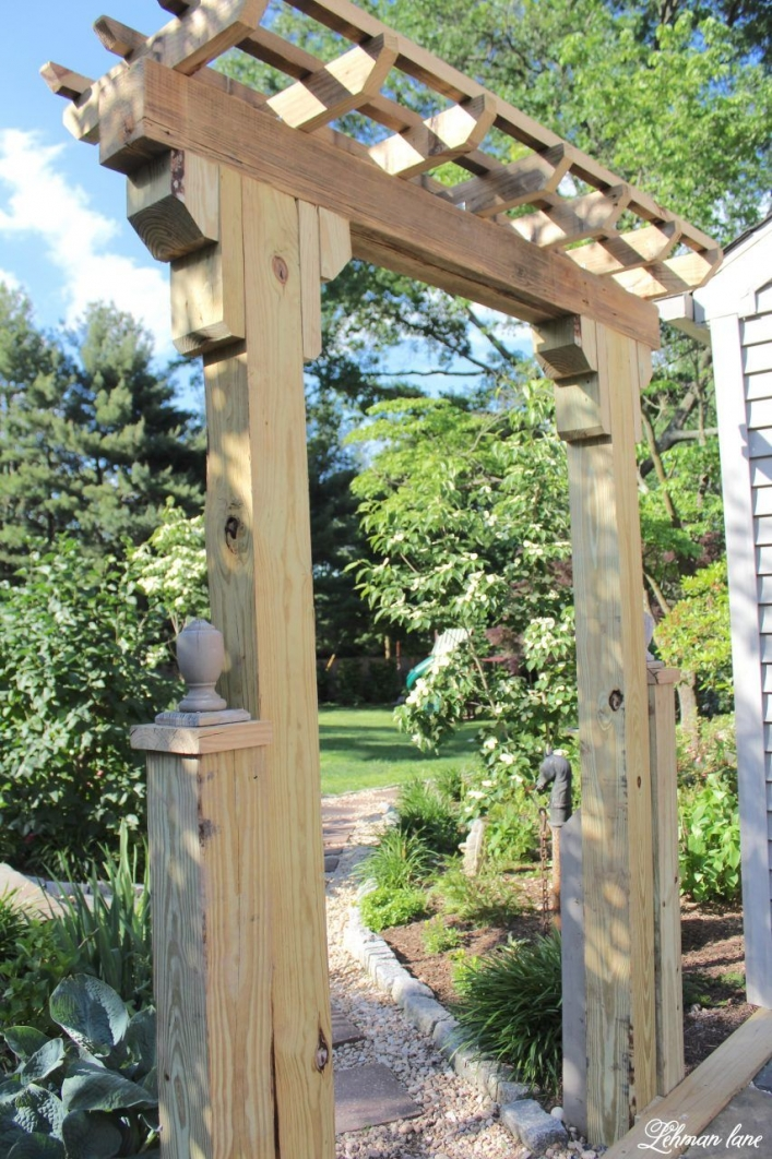 84 Backyard Decoration Ideas for Transform Your Backyard with A Quality Wood Pergola or Arbor 6343
