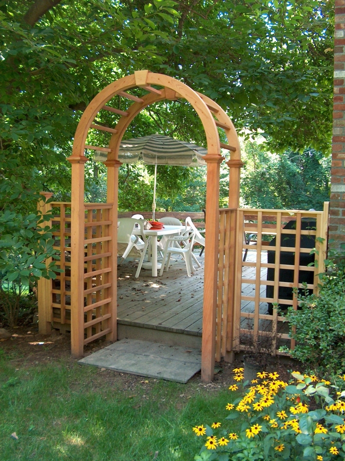 84 Backyard Decoration Ideas for Transform Your Backyard with A Quality Wood Pergola or Arbor 6355