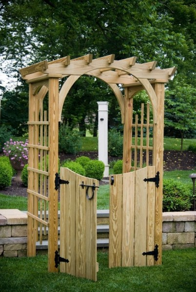 84 Backyard Decoration Ideas for Transform Your Backyard with A Quality Wood Pergola or Arbor 6395