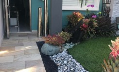 99 Small Front Yard Landscaping Ideas Low Maintenance 43