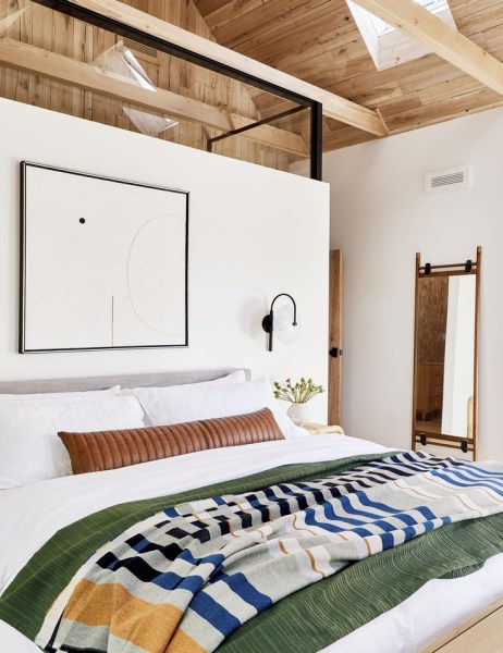 88 Perfect Master Bedroom Here Are 7 Tips For Realizing Furniture Planning And Design 46