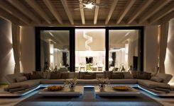 83 Interior Design Models That Look Luxurious And Are Designed To Decorate The Living Room 56