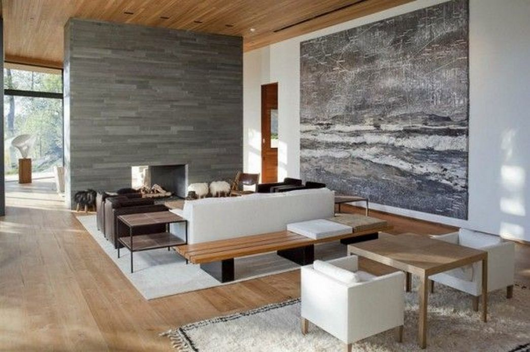 83 Interior Design Models That Look Luxurious And Are Designed To Decorate The Living Room 8