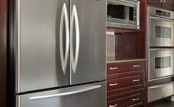 92 Models Of Cherry Kitchen Cabinets Are A Classic Alternative Choice To Meet Your Home Decor 3